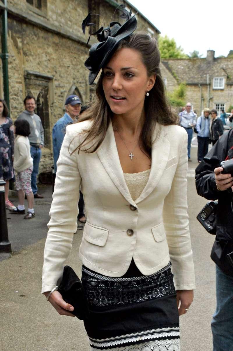 8 imagens constrangedoras que põem em cheque o imaculado senso de moda de Kate Middleton