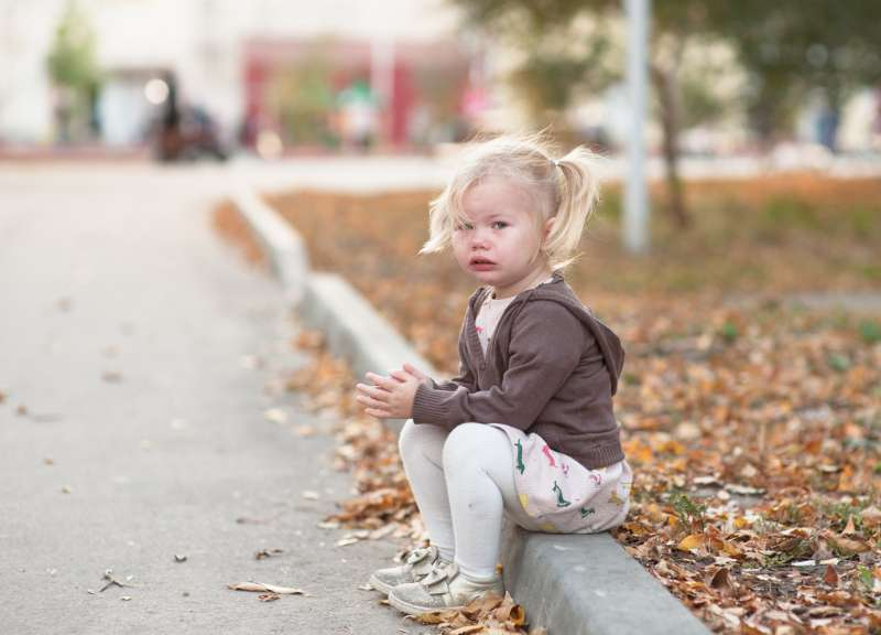 Девушка не могла произнести и слова перед незнакомцами из-за болезни, делавшей ее ситуативно немой