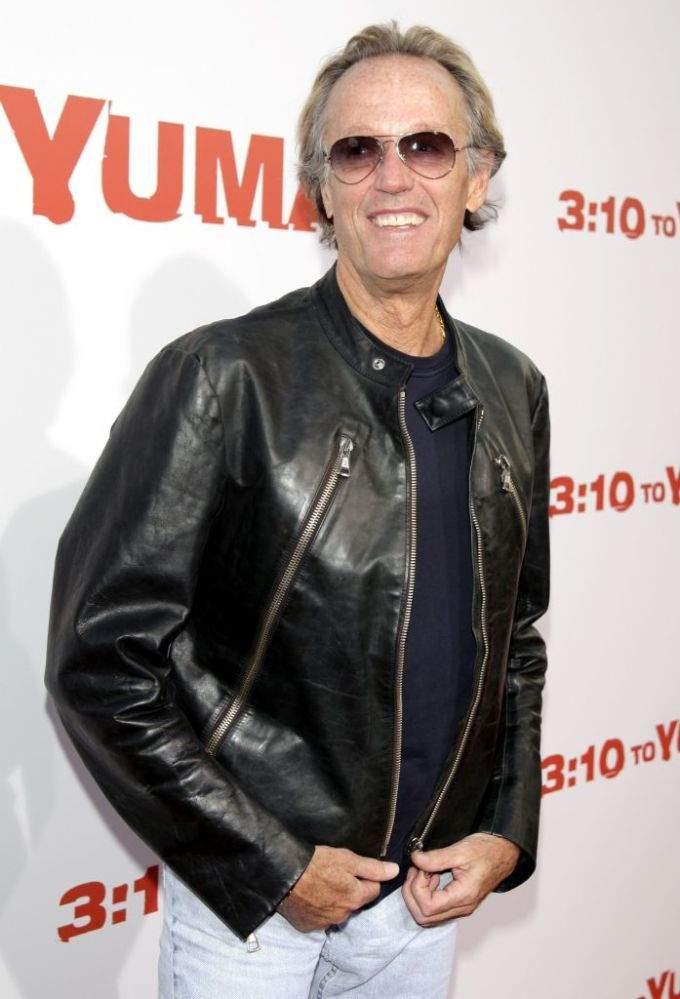 """Se va otra estrella de la """"edad dorada"""" de Hollywood: Peter Fonda fallece tras lucha con el cáncer"""