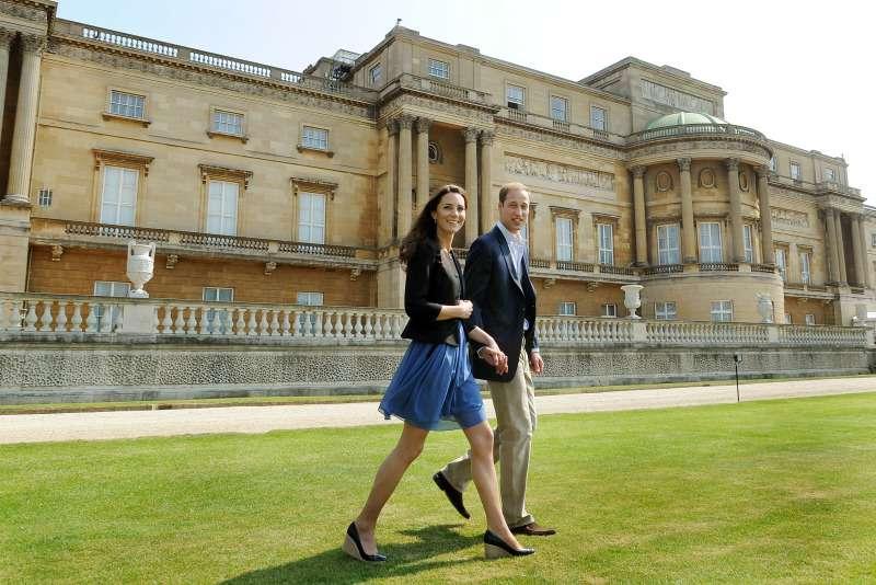 Правило, которое соблюдали Кейт и Уильям в начале отношений, когда гостили у принца ЧарльзаПравило, которое соблюдали Кейт и Уильям в начале отношений, когда гостили у принца ЧарльзаПравило, которое соблюдали Кейт и Уильям в начале отношений, когда гостили у принца Чарльза