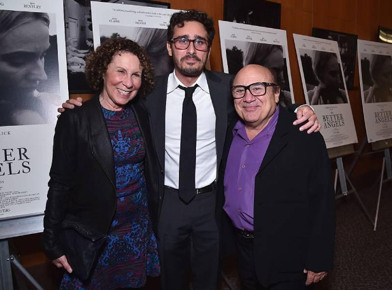 De tal palo tal astilla: los hijos del actor Danny DeVito heredaron muchas cualidades de su padre