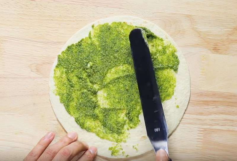 20-Minute Pizza You Can Eat Even If You're On A Diet