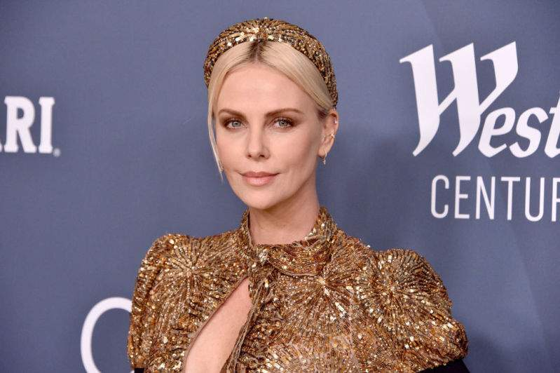 """""""So Regal!"""" Fans Applaud As Charlize Theron Channels Her Inner Goddess In Sparkly Gold Dress""""So Regal!"""" Fans Applaud As Charlize Theron Channels Her Inner Goddess In Sparkly Gold Dress""""So Regal!"""" Fans Applaud As Charlize Theron Channels Her Inner Goddess In Sparkly Gold Dress""""So Regal!"""" Fans Applaud As Charlize Theron Channels Her Inner Goddess In Sparkly Gold Dress""""So Regal!"""" Fans Applaud As Charlize Theron Channels Her Inner Goddess In Sparkly Gold Dress"""