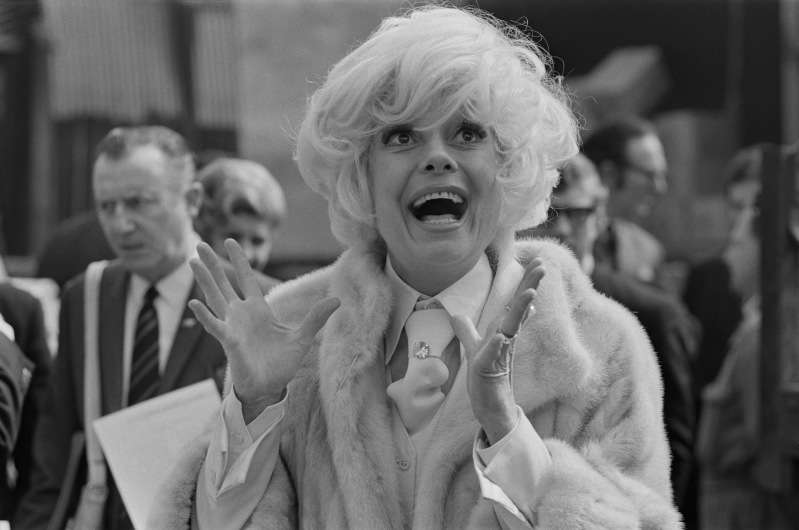 Bidding Farewell To 'Hello, Dolly' Star Carol Channing: 6 Fascinating Facts About The Broadway LegendBidding Farewell To 'Hello, Dolly' Star Carol Channing: 6 Fascinating Facts About The Broadway LegendBidding Farewell To 'Hello, Dolly' Star Carol Channing: 6 Fascinating Facts About The Broadway LegendBidding Farewell To 'Hello, Dolly' Star Carol Channing: 6 Fascinating Facts About The Broadway Legend