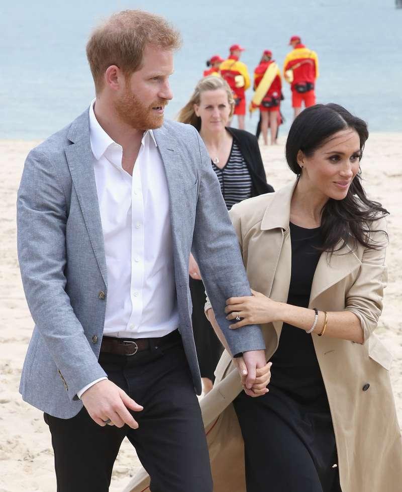 Bienveillance ou domination ? Comment l'attitude du prince envers Meghan a changé depuis qu'elle est enceintemeghan markle and prince harry in australia