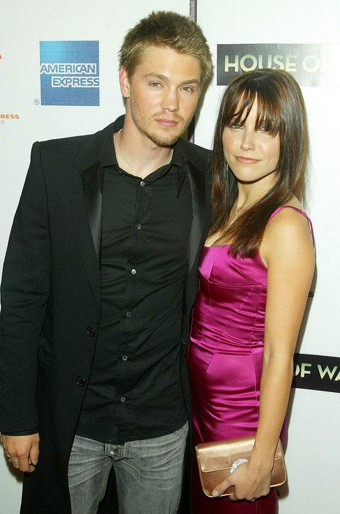 Who Is Chad Michael Murray S Wife Actor Is Married To Co Star Sarah Roemer