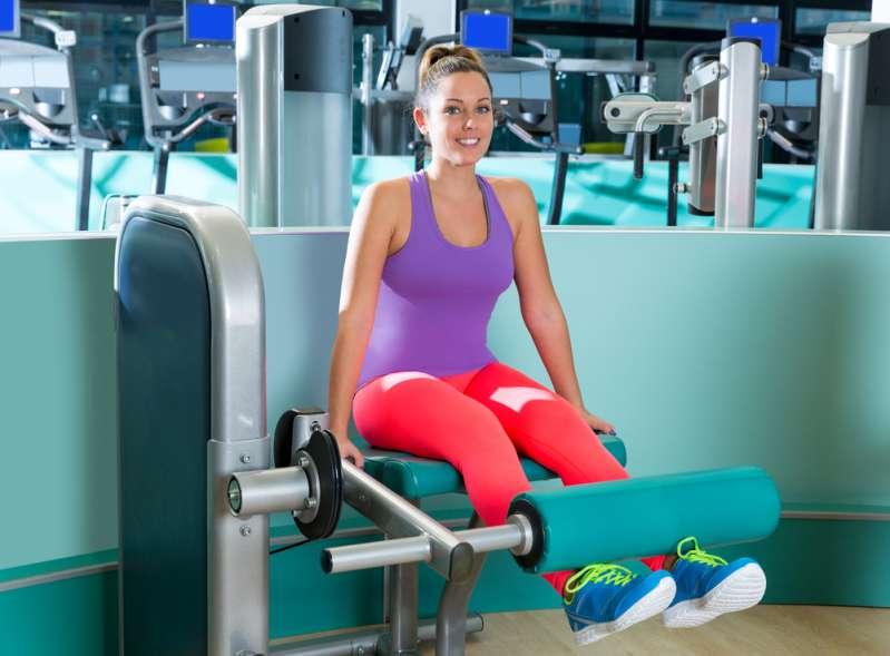 Ist es gesund für das Baby? Eine Athletin trainiert trotz ihrer fortgeschrittenen Schwangerschaft weiter