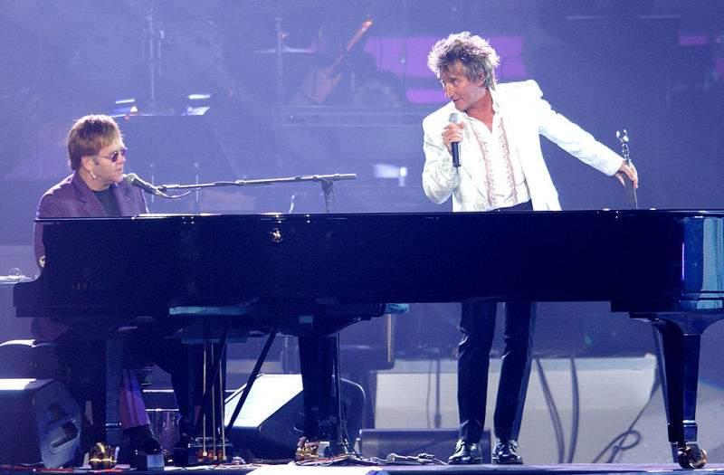 "Rod Stewart And Elton John Are Having ""A Spat"" After Rod Harshly Slams Elton's Tour As A ""Money-Grabbing"" EndeavorRod Stewart And Elton John Are Having ""A Spat"" After Rod Harshly Slams Elton's Tour As A ""Money-Grabbing"" EndeavorRod Stewart And Elton John Are Having ""A Spat"" After Rod Harshly Slams Elton's Tour As A ""Money-Grabbing"" Endeavor"