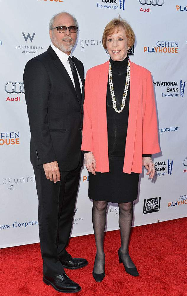 Comedy Icon Carol Burnett And Brian Miller Have Been Happily Married For 18 Years Despite 23-Year Age DifferenceComedy Icon Carol Burnett And Brian Miller Have Been Happily Married For 18 Years Despite 23-Year Age Difference
