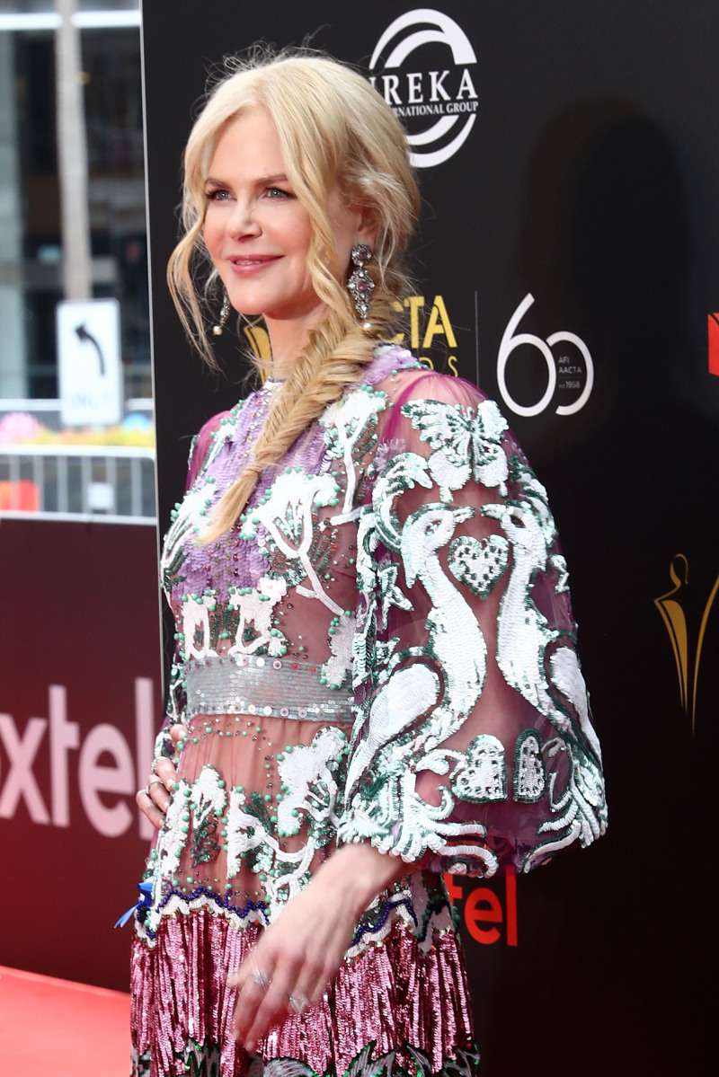 Nicole Kidman Appeared On The Red Carpet In A Translucent Dress By Valentino And Without Heels