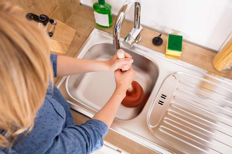 canalisations nouveau bouch es 5 conseils pratiques pour d boucher votre vier sur fabiosa. Black Bedroom Furniture Sets. Home Design Ideas