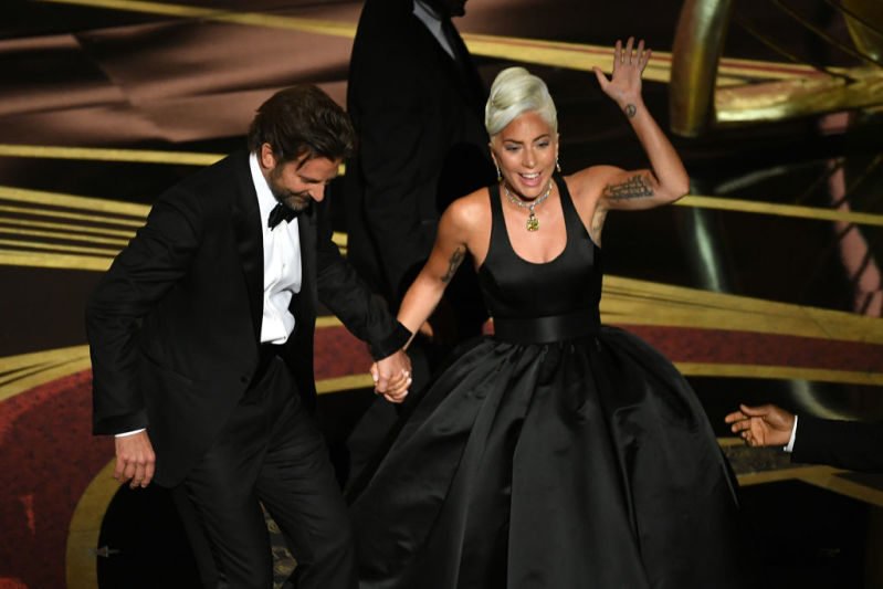Bradley Cooper And Lady Gaga Reunite To Perform Their Hit Song  'Shallow' At The Oscars, And Twitter Users Are Drooling Over Them