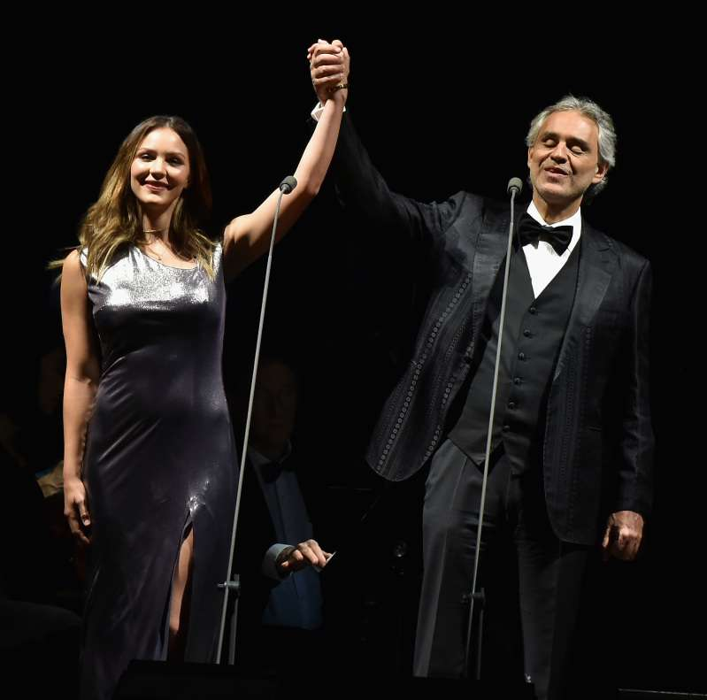 Mesmerizing! Andrea Bocelli And Katharine McPhee Perform 'The Prayer', Accompanied By David FosterMesmerizing! Andrea Bocelli And Katharine McPhee Perform 'The Prayer', Accompanied By David Foster