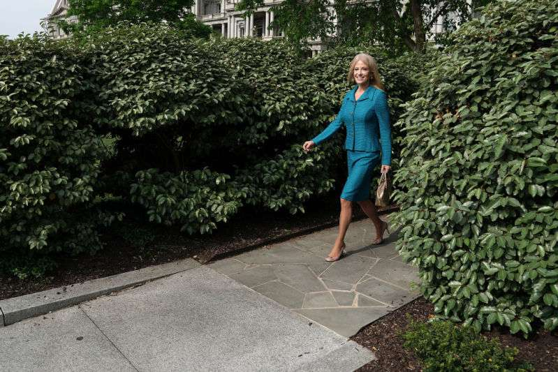 Most Stylish Politician! White House Counselor Kellyanne Conway Just Wore The Trendiest Blue Suit As She Gave Speech To ReportersMost Stylish Politician! White House Counselor Kellyanne Conway Just Wore The Trendiest Blue Suit As She Gave Speech To ReportersMost Stylish Politician! White House Counselor Kellyanne Conway Just Wore The Trendiest Blue Suit As She Gave Speech To Reporters