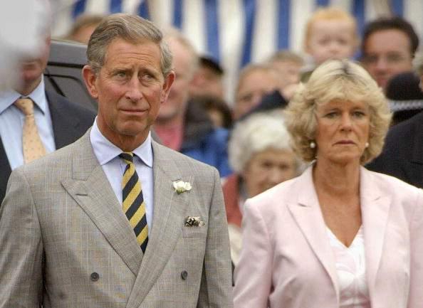 Prinz Charles trug ein Geschenk von Camilla für seine Flitterwochen mit Prinzessin Diana, was sie völlig ruinierte-