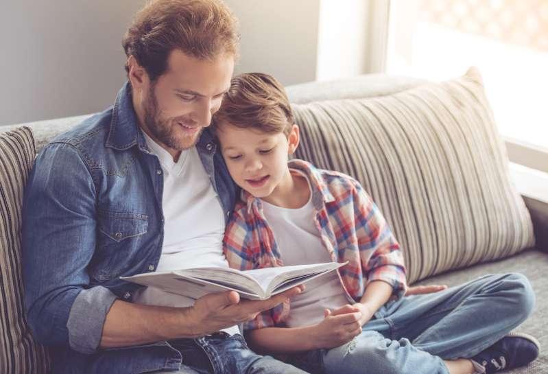 Uno studio scientifico dimostra e prova che i bambini ereditano l'intelligenza dalle loro mamme