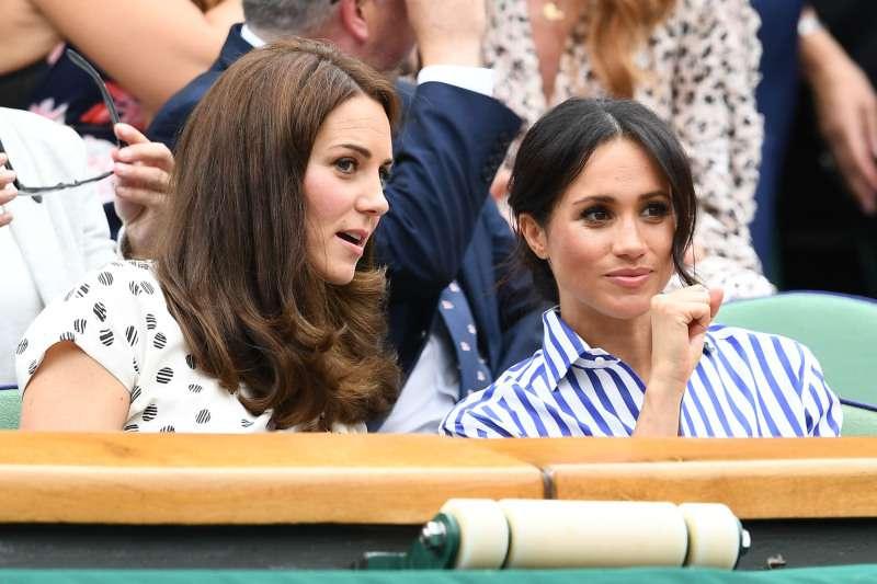 Comparación de estilos de las apariciones sorpresa de Kate Middleton y Meghan Markle en Wimbledon