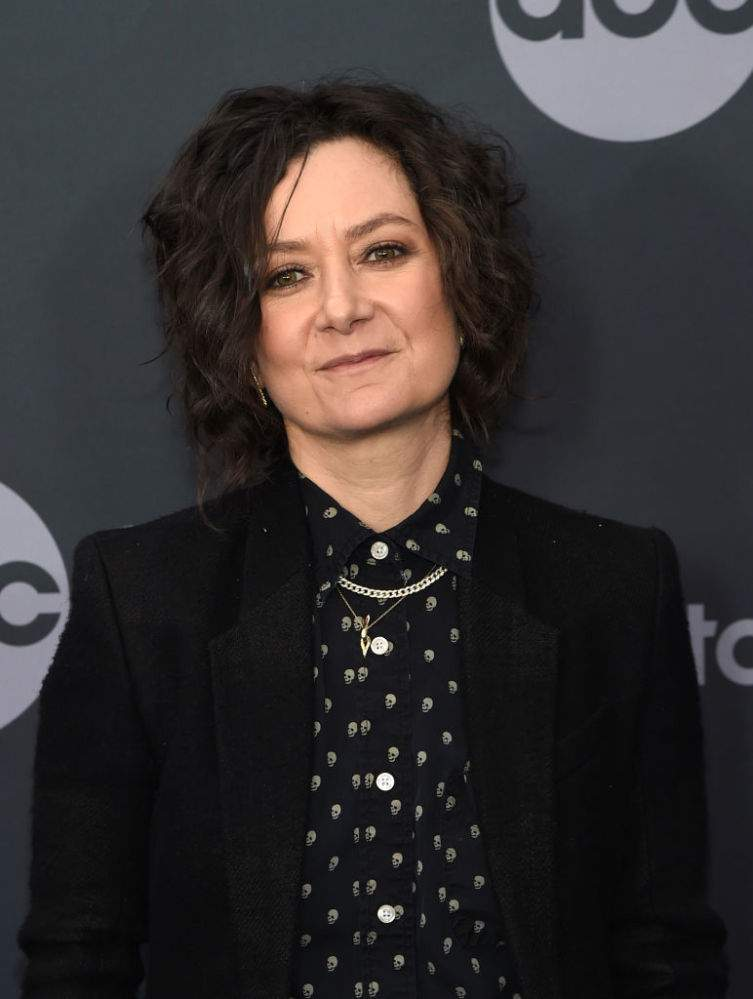 Actress Sara Gilbert Opens Up About Quitting 'The Talk', Saying She Didn't Want To Affect Family