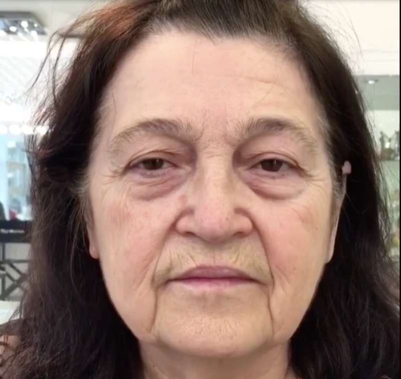 Abracadabra! Woman Over 60 Looks 15 Years Younger After An Unbelievable Makeover