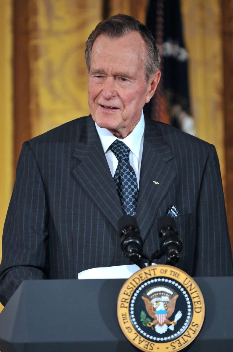 Michelle Obama también le rindió tributo a George H.W Bush a pesar de ser adversarios políticos