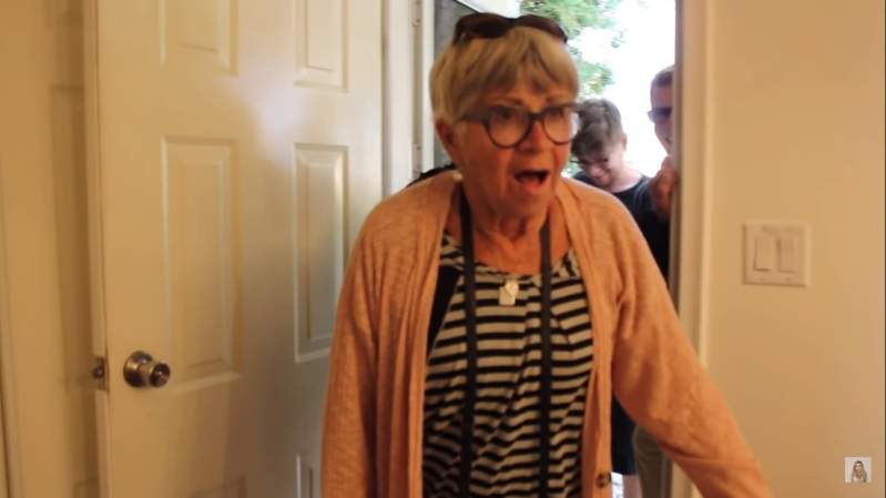 "Woman Surprised Grandparents With Incredible Home Makeover And Grandma Can't Hold Back Her Emotions: ""I'm Not Worth This""Woman Surprised Grandparents With Incredible Home Makeover And Grandma Can't Hold Back Her Emotions: ""I'm Not Worth This""Woman Surprised Grandparents With Incredible Home Makeover And Grandma Can't Hold Back Her Emotions: ""I'm Not Worth This""Woman Surprised Grandparents With Incredible Home Makeover And Grandma Can't Hold Back Her Emotions: ""I'm Not Worth This"""