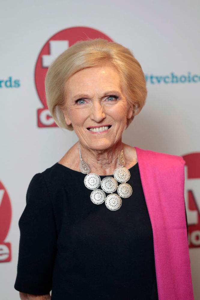 Mary Berry Dated Several Men At The Same Time Before Settling With Her Husband Of Over 50 Years Paul HunningsMary Berry Dated Several Men At The Same Time Before Settling With Her Husband Of Over 50 Years Paul HunningsMary Berry Dated Several Men At The Same Time Before Settling With Her Husband Of Over 50 Years Paul Hunnings