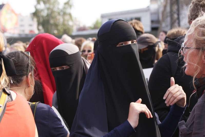Port de la burqa dans les lieux publics : l'ONU s'en mêle et demande à la France de lever son interdiction !Port de la burqa dans les lieux publics : l'ONU s'en mêle et demande à la France de lever son interdiction !Port de la burqa dans les lieux publics : l'ONU s'en mêle et demande à la France de lever son interdiction !Port de la burqa dans les lieux publics : l'ONU s'en mêle et demande à la France de lever son interdiction !