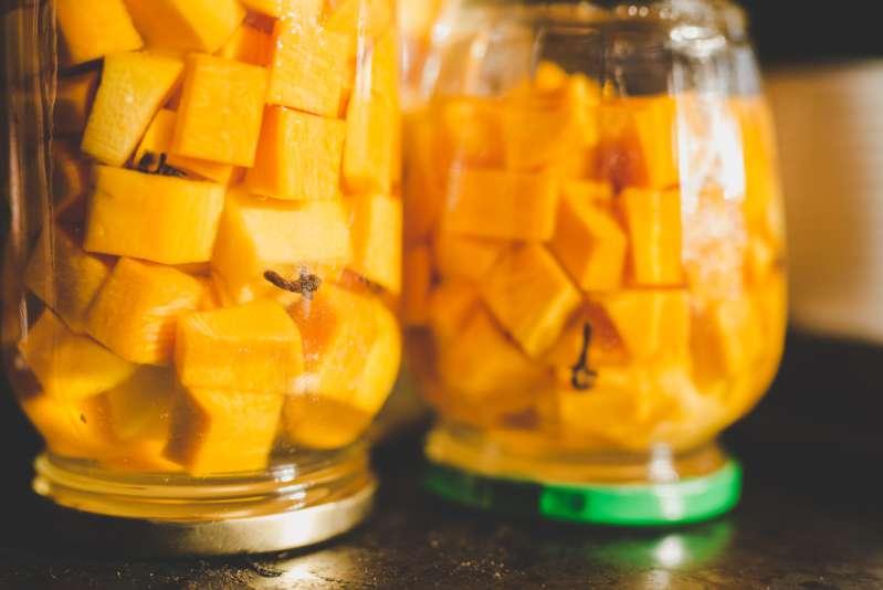 """Conserve per l'inverno. Apri un barattolo di """"mango di zucca"""" a Capodanno, e gli ospiti si leccheranno le dita!"""