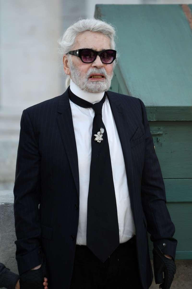 Каким мир запомнит Карла Лагерфельда: самые ёмкие цитаты креативного директора ChanelКаким мир запомнит Карла Лагерфельда: самые ёмкие цитаты креативного директора Chanel