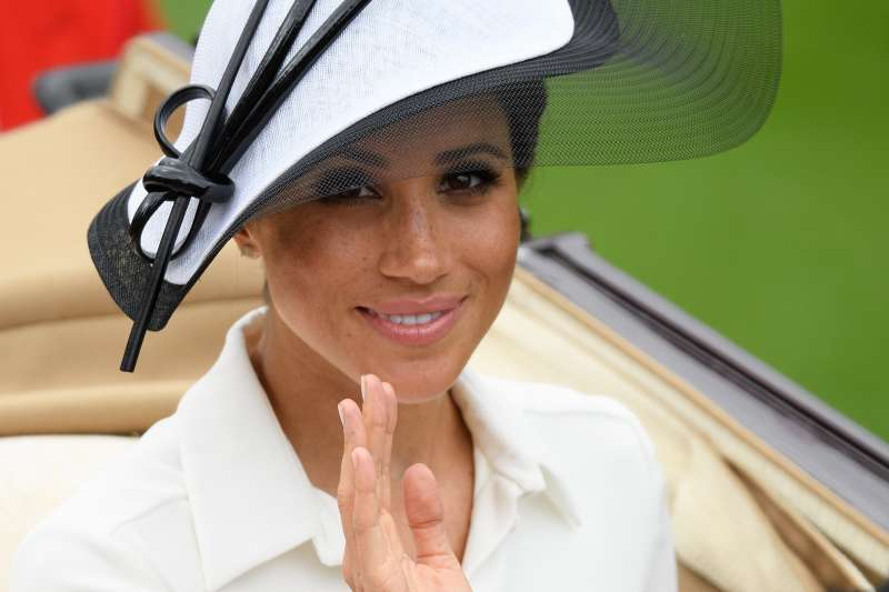 """""""She Has To Be Careful"""": Meghan Markle Is Warned About Her Decision To Be A 'Vogue' Editor As It Might Be """"Dangerous""""""""She Has To Be Careful"""": Meghan Markle Is Warned About Her Decision To Be A 'Vogue' Editor As It Might Be """"Dangerous""""""""She Has To Be Careful"""": Meghan Markle Is Warned About Her Decision To Be A 'Vogue' Editor As It Might Be """"Dangerous"""""""
