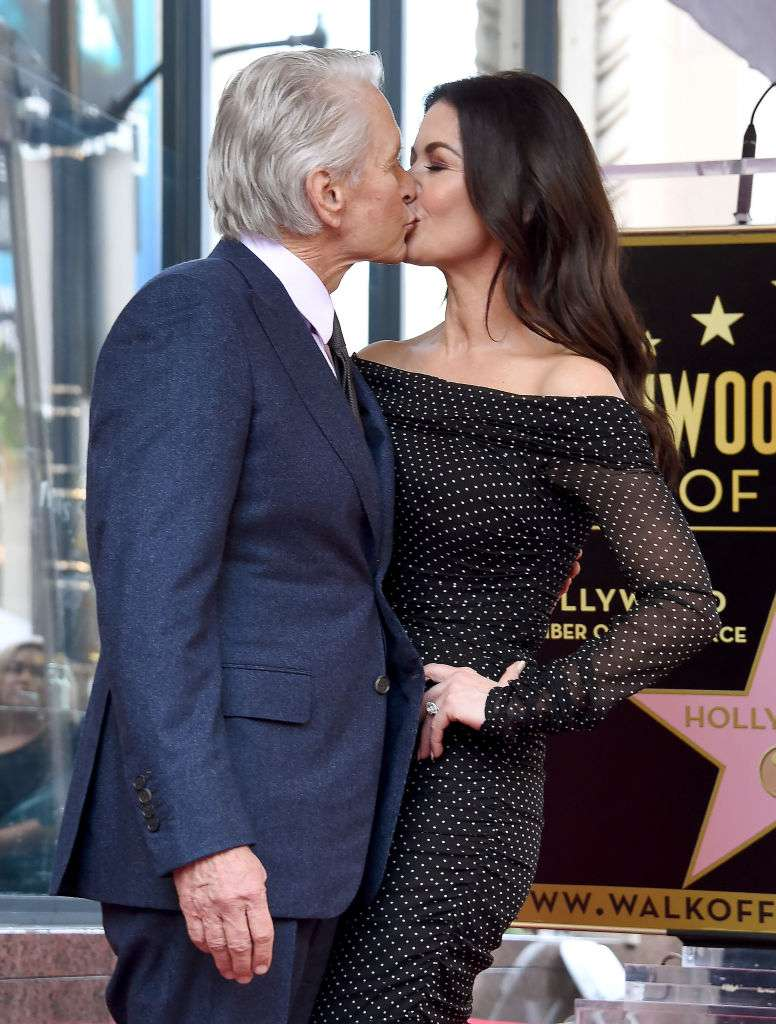 In Front Of Their 18th Wedding Anniversary, Michael Douglas Reveals A Surprising Detail About His Beloved WifeIn Front Of Their 18th Wedding Anniversary, Michael Douglas Reveals A Surprising Detail About His Beloved WifeIn Front Of Their 18th Wedding Anniversary, Michael Douglas Reveals A Surprising Detail About His Beloved Wife