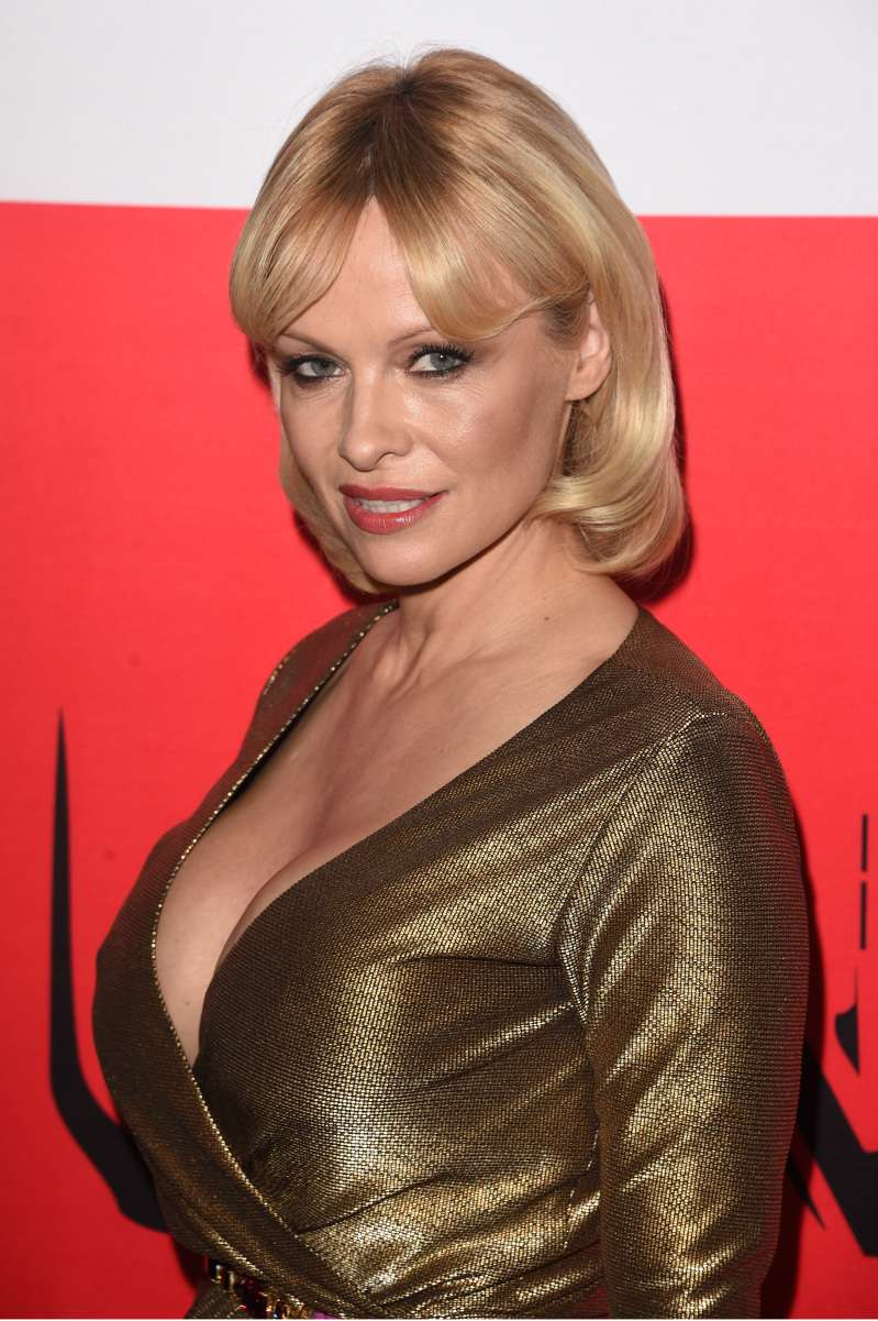 Anti-Aging Haircuts: 7 Hairstyles That Will Make You Look Youngerpamela anderson