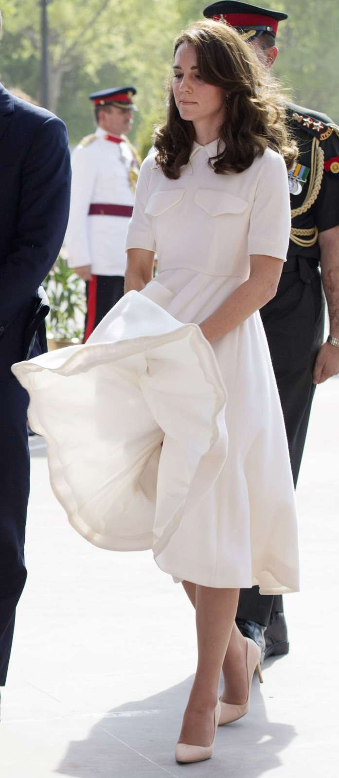 Royals Have Their 'Oops' Moments, Too! But Duchess Kate Knows How To Handle Them Like A True LadyRoyals Have Their 'Oops' Moments, Too! But Duchess Kate Knows How To Handle Them Like A True Lady