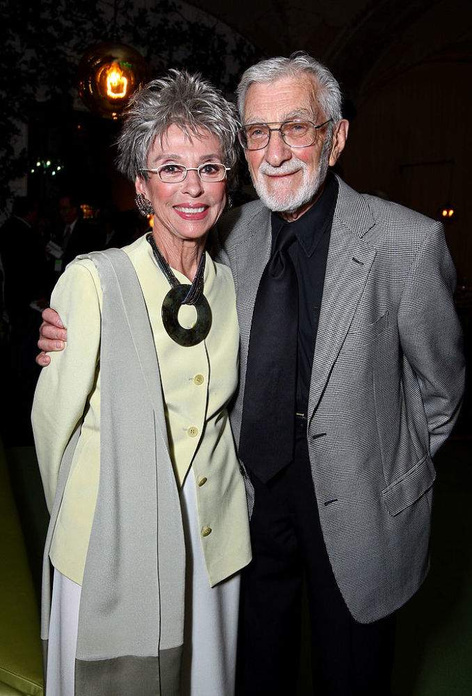 Rita Moreno Played Role Of A Happy Wife In Her 48-Year Marriage And Found Freedom Only After Her Husband's DemiseRita Moreno Played Role Of A Happy Wife In Her 48-Year Marriage And Found Freedom Only After Her Husband's DemiseRita Moreno Played Role Of A Happy Wife In Her 48-Year Marriage And Found Freedom Only After Her Husband's DemiseRita Moreno Played Role Of A Happy Wife In Her 48-Year Marriage And Found Freedom Only After Her Husband's DemiseRita Moreno Played Role Of A Happy Wife In Her 48-Year Marriage And Found Freedom Only After Her Husband's Demise