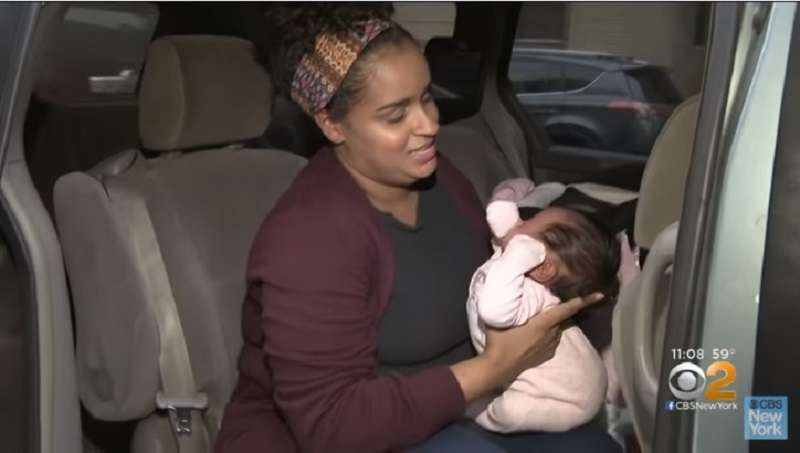 Mom Was Shocked When A Police Officer Gave Her A Ticket Because She Parked To Breastfeed Her Crying BabyMom Was Shocked When A Police Officer Gave Her A Ticket Because She Parked To Breastfeed Her Crying Baby