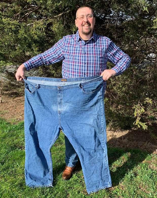 Rien ne le motivait à perdre du poids, jusqu'à ce que son petit-fils lui pose une questionНичто не могло сподвигнуть на похудение очень полного мужчину. На помощь пришел его внук, который задал всего 1 вопрос