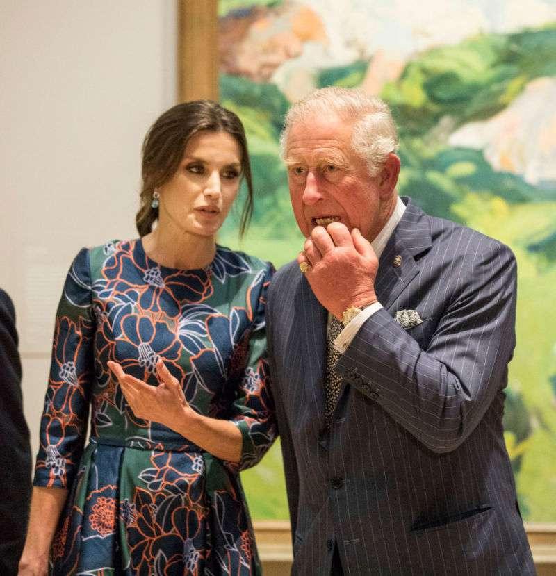 Принц Чарльз очарован! Королева Летисия заставила не на шутку улыбаться наследника британского престолаПринц Чарльз очарован! Королева Летисия заставила не на шутку улыбаться наследника британского престолаПринц Чарльз очарован! Королева Летисия заставила не на шутку улыбаться наследника британского престола