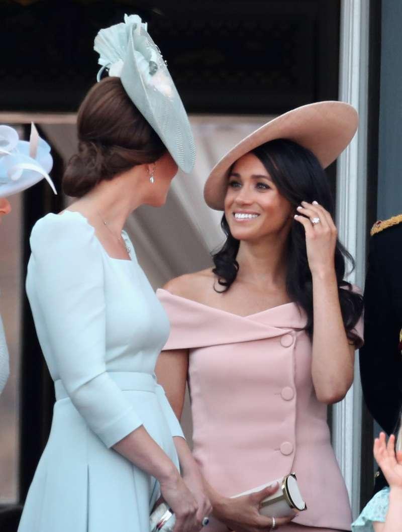 Meghan contro Kate: Buckingham Palace mette fine alla faida con un breve comunicato