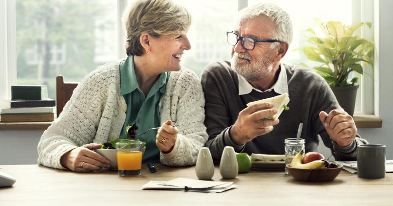 Пенсионеры в разных странах мира: кто и когда отправляется на заслуженный отдых