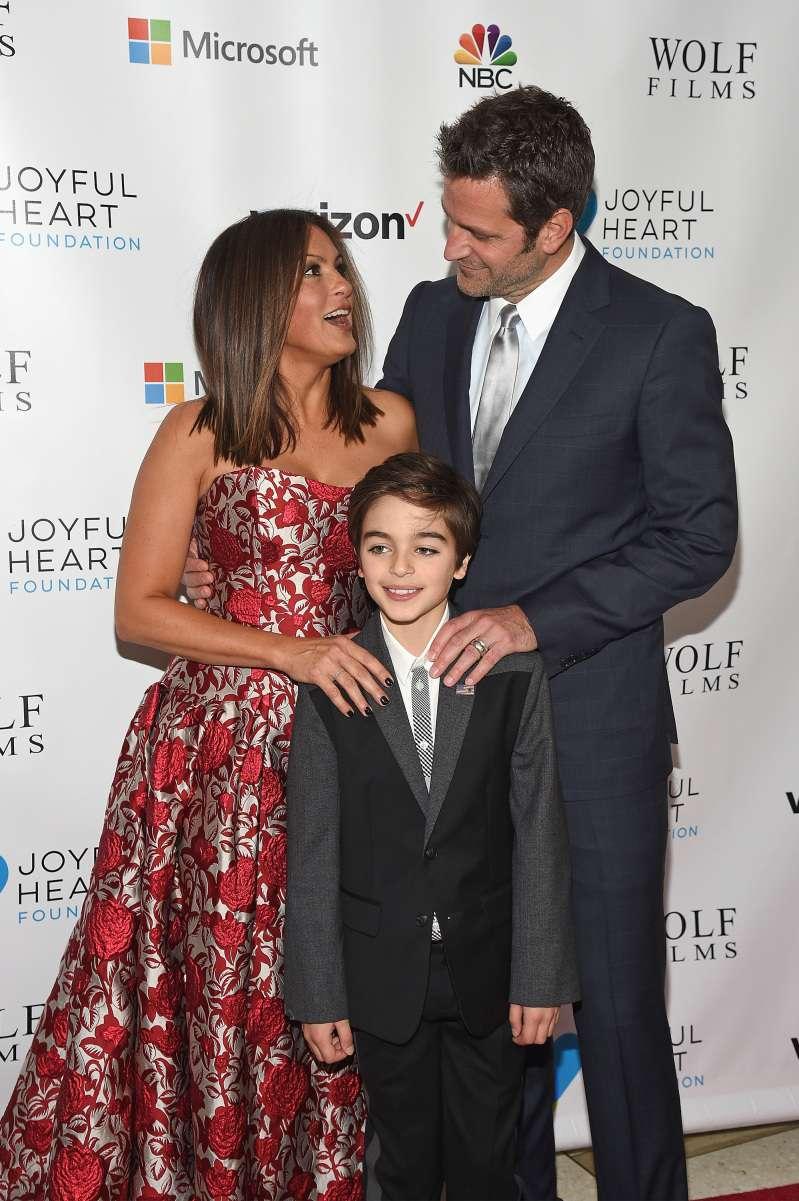 """Le fils biologique de Mariska Hargitay, de """"New York, police judiciaire"""", a hérité de la beauté de sa mère"""