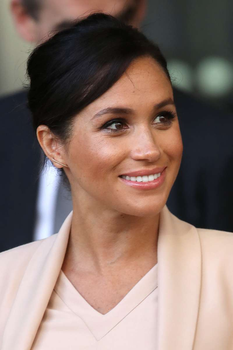 "Royal Expert Claims Meghan Markle Will Make A Huge Mistake Soon: ""It Will Go Wrong""Royal Expert Claims Meghan Markle Will Make A Huge Mistake Soon: ""It Will Go Wrong""Royal Expert Claims Meghan Markle Will Make A Huge Mistake Soon: ""It Will Go Wrong""Royal Expert Claims Meghan Markle Will Make A Huge Mistake Soon: ""It Will Go Wrong"""