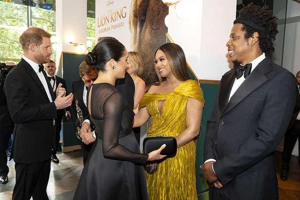 """Fans sind begeistert von Meghan Markle und Beyonces Treffen bei der Premiere von """"König der Löwen""""-"""
