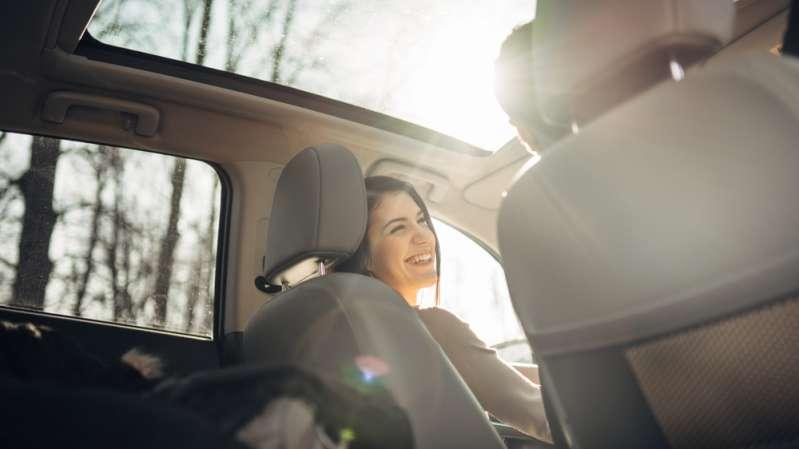 Увидели одежду на лобовом стекле авто? Не трогайте ее!