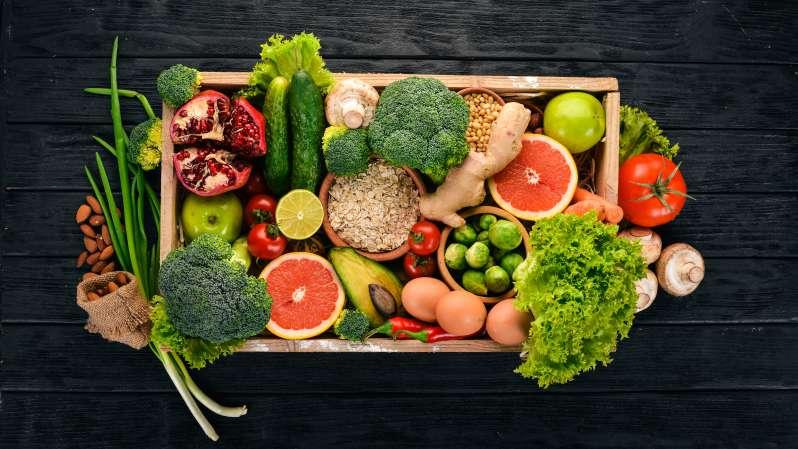 Une artiste en maquillage révèle les 7 secrets de beauté des FrançaisesFruits and Vegetables to keep out of fridge