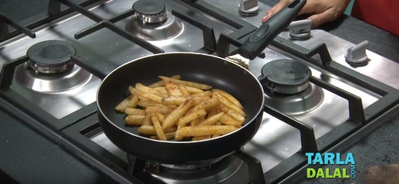 Как дома приготовить картошку фри без фритюрницы и с минимум масла (3 лучших способа)