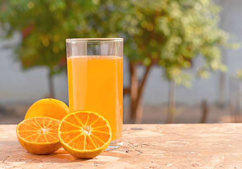 An orange is really good and refreshing! But it is also a miracle product for your skin!