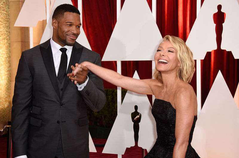 Old Wounds? Kelly Ripa Still Feels Hurt About Michael Strahan's Leaving 'Live!' Show After 4 Years Of Co-HostingOld Wounds? Kelly Ripa Still Feels Hurt About Michael Strahan's Leaving 'Live!' Show After 4 Years Of Co-HostingOld Wounds? Kelly Ripa Still Feels Hurt About Michael Strahan's Leaving 'Live!' Show After 4 Years Of Co-HostingOld Wounds? Kelly Ripa Still Feels Hurt About Michael Strahan's Leaving 'Live!' Show After 4 Years Of Co-HostingOld Wounds? Kelly Ripa Still Feels Hurt About Michael Strahan's Leaving 'Live!' Show After 4 Years Of Co-Hosting