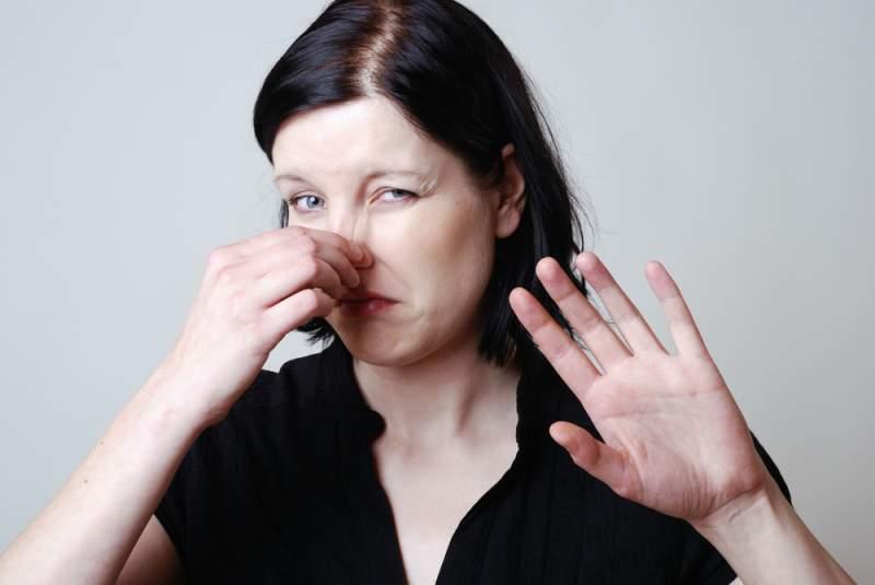 Una ricerca rivela che quasi la metà degli americani non si cambia la biancheria intima tutti i giorni e alcuni la tengono per una settimana