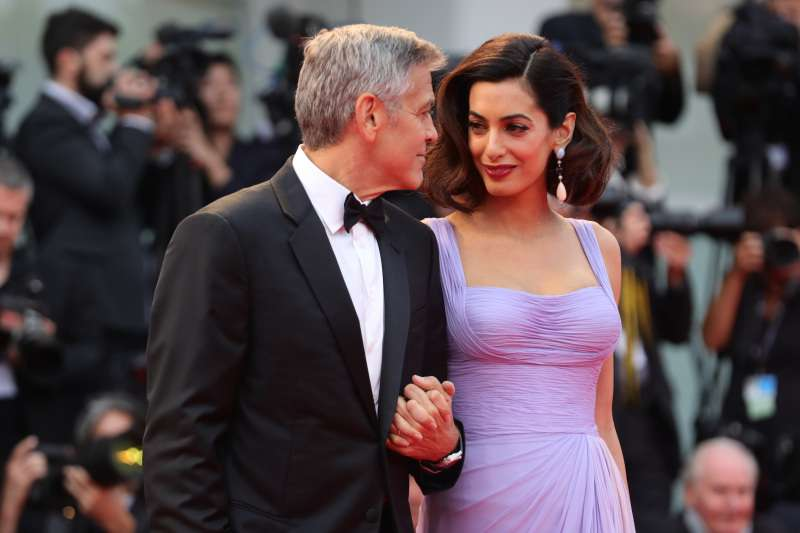 Amal Clooney Stuns In A Blue & White Gown At A United Nations Event With George ClooneyAmal Clooney Stuns In A Blue & White Gown At A United Nations Event With George ClooneyAmal Clooney Stuns In A Blue & White Gown At A United Nations Event With George ClooneyAmal Clooney Stuns In A Blue & White Gown At A United Nations Event With George Clooney
