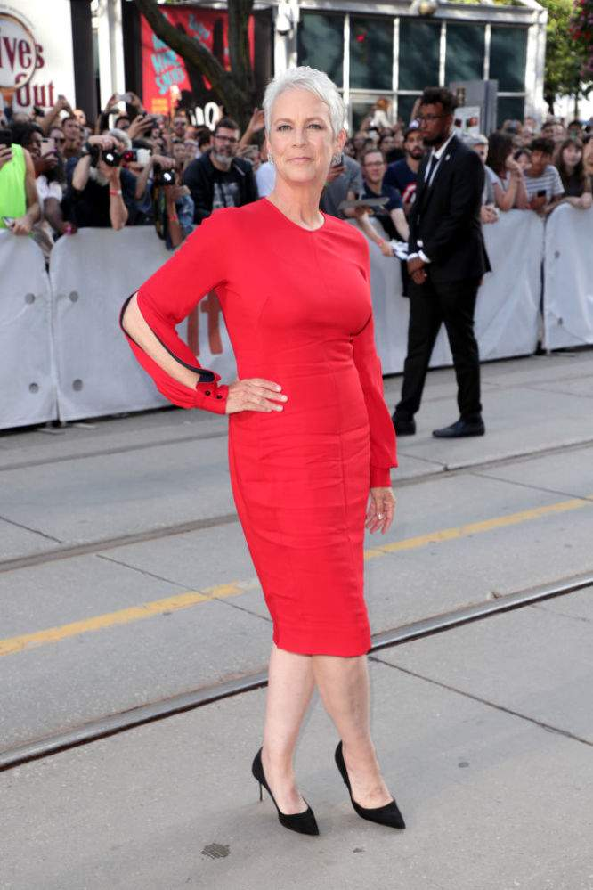 60-Year-Old Jamie Lee Curtis Celebrates Her Perfect Body In A Figure-Hugging Red Dress And Fans Can't Stop Dropping Compliments60-Year-Old Jamie Lee Curtis Celebrates Her Perfect Body In A Figure-Hugging Red Dress And Fans Can't Stop Dropping Compliments60-Year-Old Jamie Lee Curtis Celebrates Her Perfect Body In A Figure-Hugging Red Dress And Fans Can't Stop Dropping Compliments
